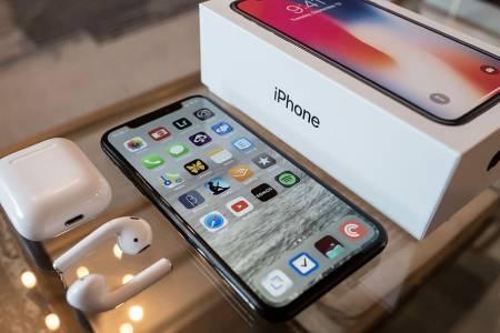 Apple продължава да не дава на властите достъп до данните на iPhone