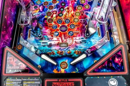 Stranger Things вече е и Pinball машина!