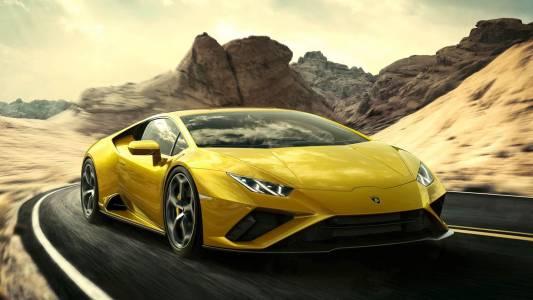 Новото Lamborghini Huracan Evo RWD е чиста проба екстаз!