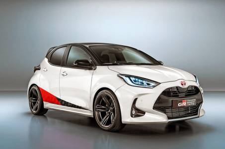 С новата Toyota GR Yaris сте като рали състезатели