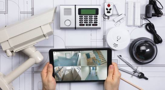 Как да защитите дома си - камери и сензори