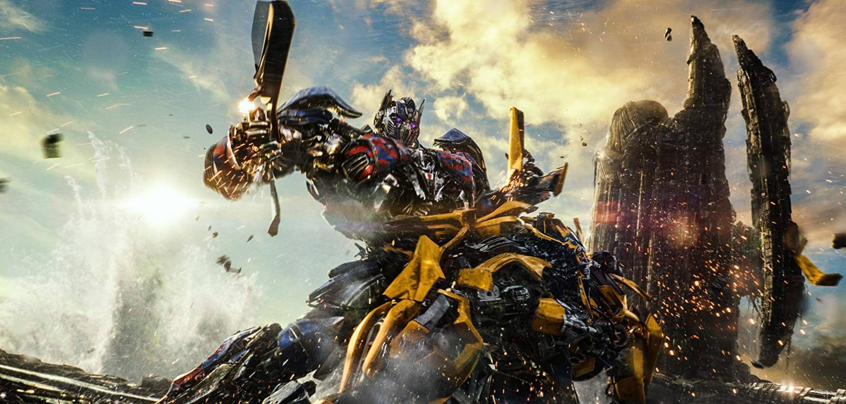 Зрелището продължава: Transformers се завръща с два нови филма
