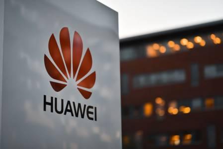 Huawei попадна в топ 10 на най-ценните марки