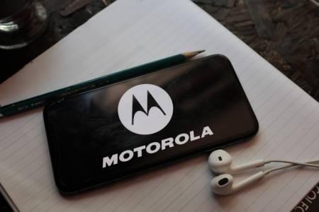 Motorola отбелязва 100 млн. продадени moto g смартфона с нов модел от серията