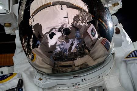 За пари и малко слава: Търсят се космически изследователи