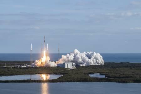 SpaceX загуби още един Falcon Booster във водата