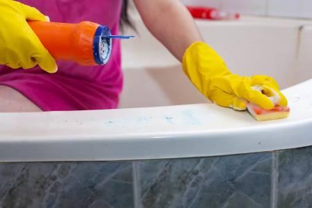 Как да почистим дома срещу коронавирус с правилните средства