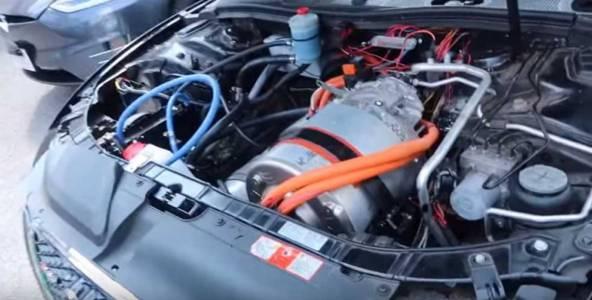 Tesla бори COVID-19 с авточасти  (ВИДЕО)