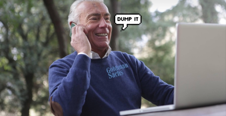 Goldman Sachs: Продавайте акциите на Apple, преди да се сринат