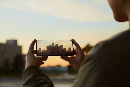 Imint и Motorola поставят нов стандарт за видео производителност в смартфоните