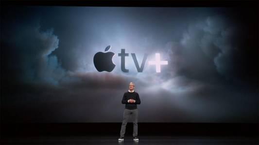 Apple TV+ си купува носталгия за борба с Netflix и Hulu