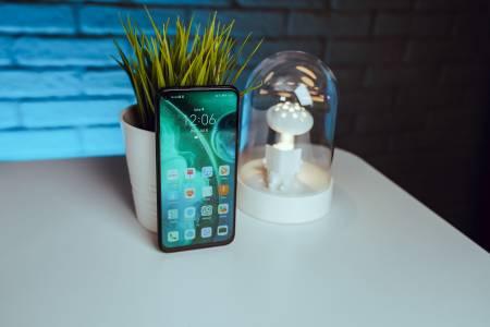 Huawei P40 lite - Претендент за титлата в леката категория (РЕВЮ)