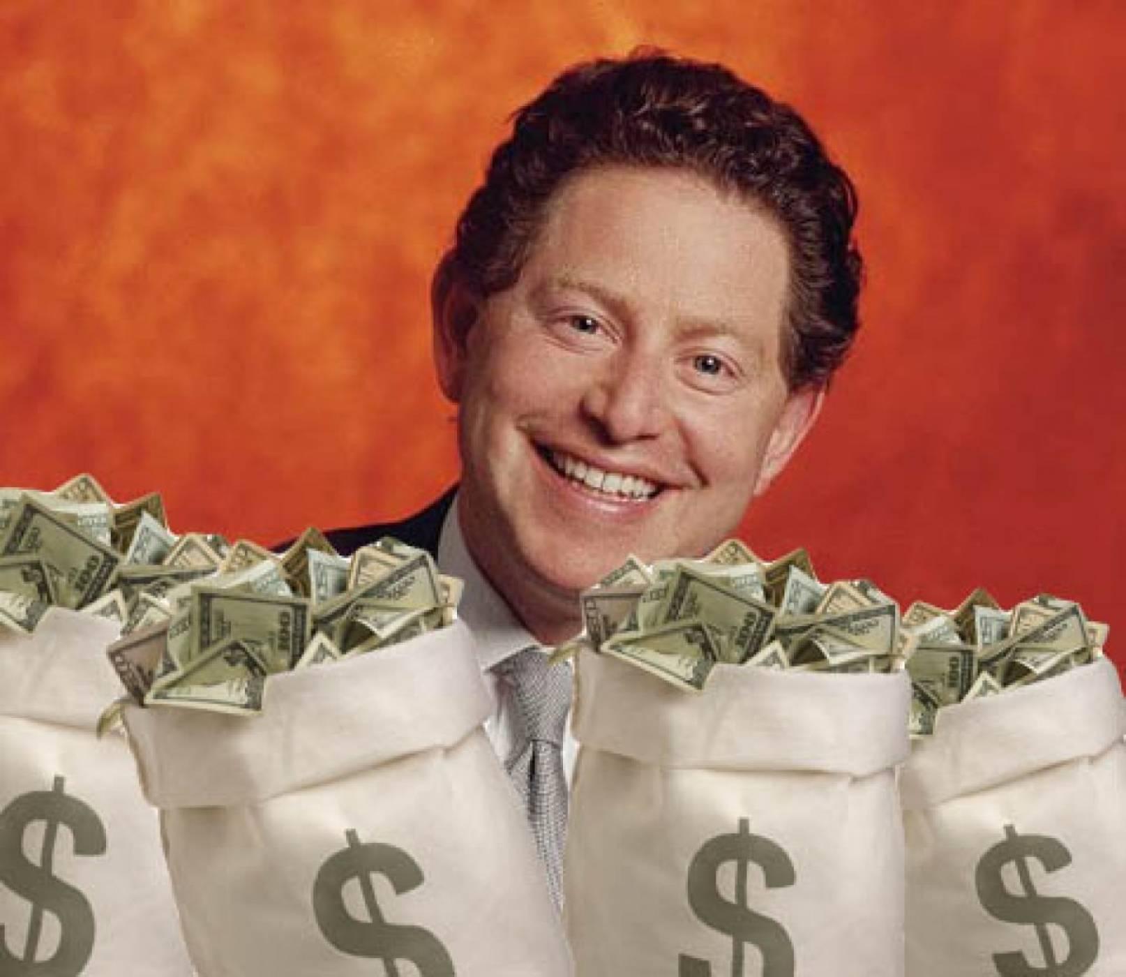 Всеки служител на Activision взима под един процент от шефа на компанията