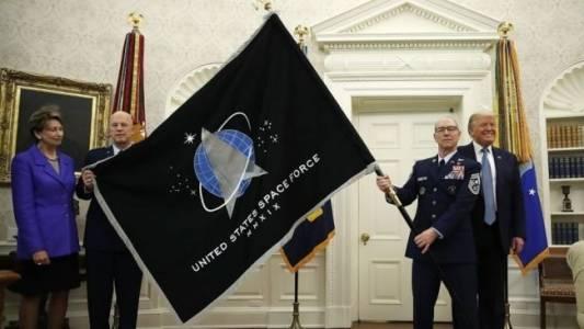 Хиляди военни искат да се присъединят към космическите сили на САЩ