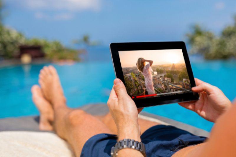 Телевизия в джоба, или как да гледаме любимите си филми и предавания,  когато сме на почивка