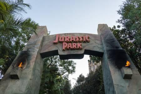 COVID-19 върна Jurassic Park на върха (ВИДЕО)