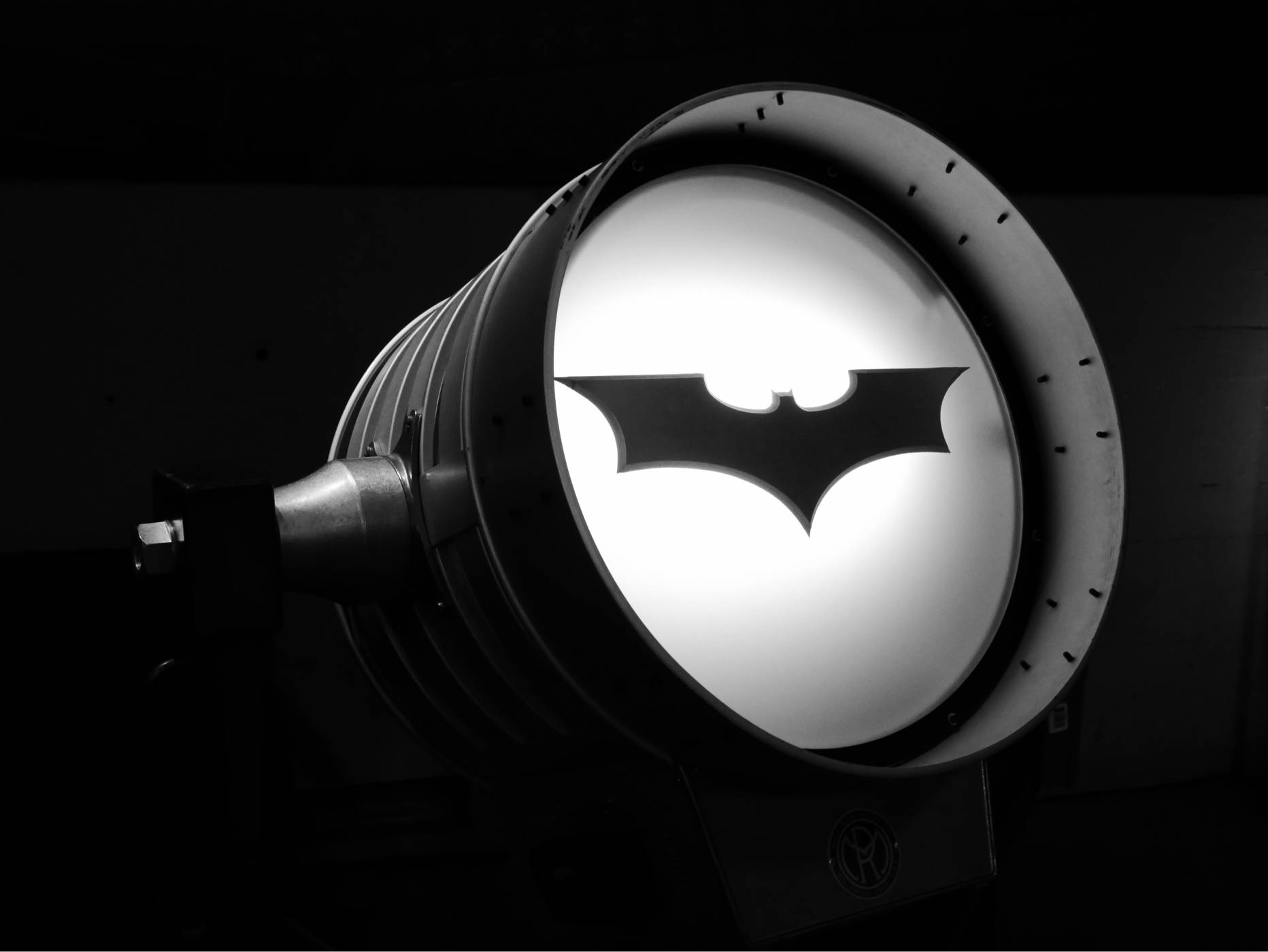 Как символът на Батман промени филмовия маркетинг завинаги (ВИДЕО)