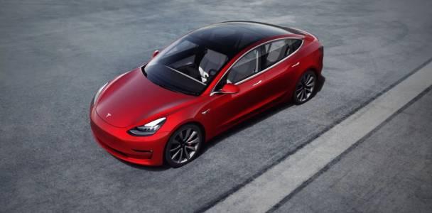 За съжаление Tesla се дъни при проучванията за качество (ВИДЕО)