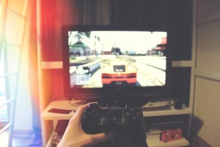 PlayStation 5 и Xbox Series X ще съберат киното и игрите в едно