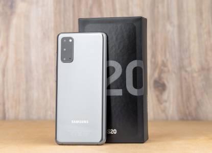 И Samsung вади зарядното от кутиите на смартфоните си?