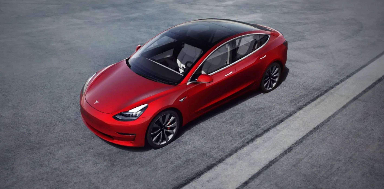 Tesla Model 3 запазва почти 90% от стойността си след 3 години