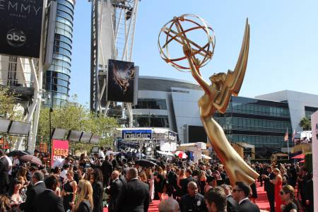 Netflix доминира при номинациите за наградите Emmy за 2020 (ВИДЕО)