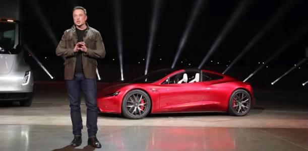 Пандемията доведе до скок в онлайн продажбите на Tesla