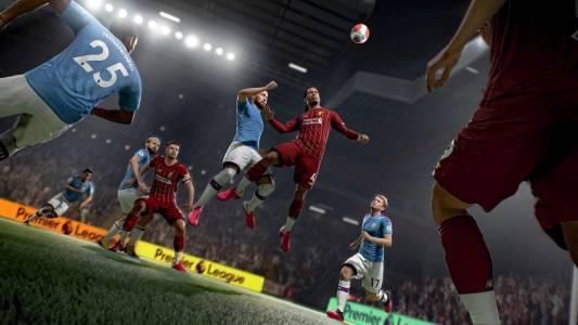 FIFA 21 с пълни стадиони и без недоразумението VAR