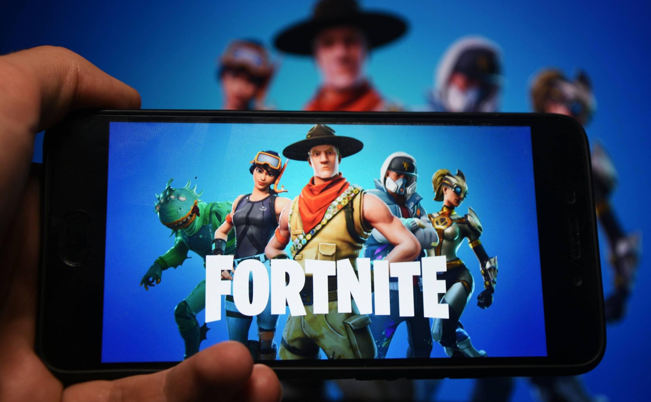 Fortnite се опита да оспори монопола на Apple и Google и моментално бе премахната от App Store и Google Play