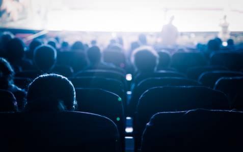 Киносалоните в САЩ отварят съвсем скоро с доста примамлива цена на билетите