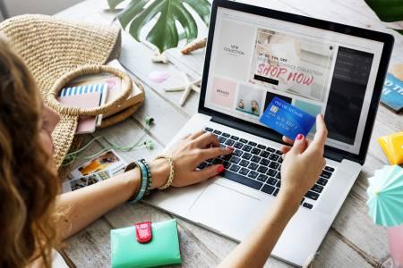 COVID-19 е забързал растежа на онлайн търговията с 5 години