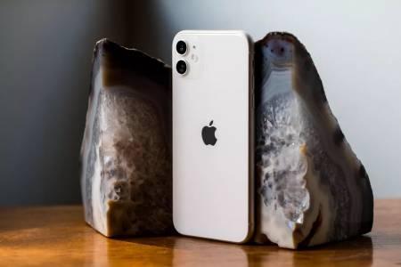 Дисплеят на iPhone 12 Pro Max ще се опреснява със 120 Hz