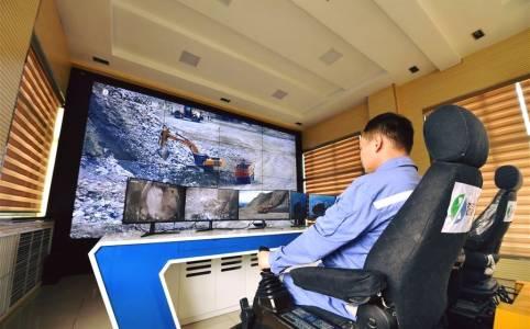 Миньори в Китай работят дистанционно благодарение на 5G (СНИМКИ)