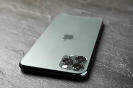 iPhone 12 ще бъде по-скъп от iPhone 11 заради материалите