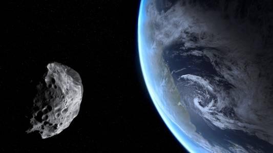 Опасна близост: астероидът 2020 SW ще прелети днес край Земята