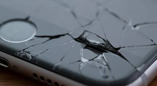 Ето как Apple си представя гъвкавия iPhone с необикновен дисплей