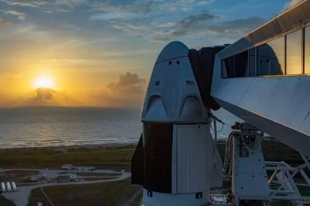 NASA забави за ноември ключова мисия на SpaceX