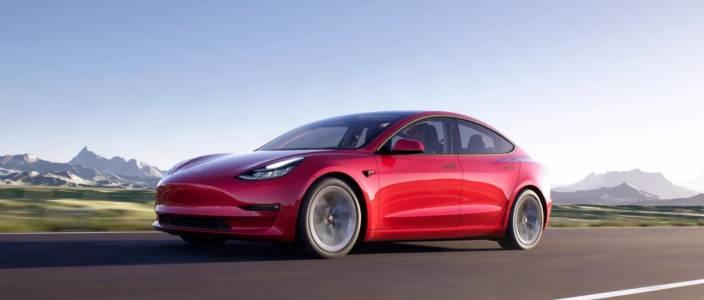 Tesla вече внася в Европа китайските Model 3