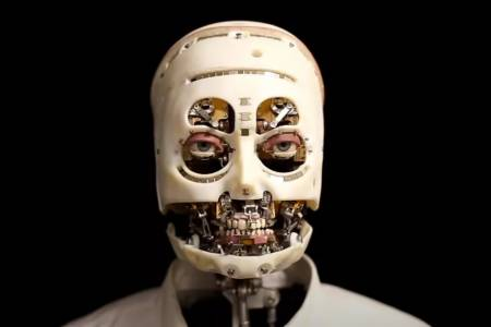Усмивката на този робот на Disney ще ви смрази (ВИДЕО)