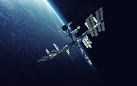 Отбелязваме 20 години човешко присъствие на борда на МКС (ВИДЕО)