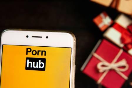 Изпълнете желанията на половинката с XXXMAS от Pornhub
