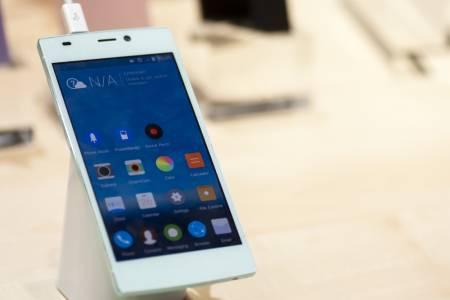 Вижте кой бюджетен китайски смартфон производител шпионира 20 млн. свои потребители