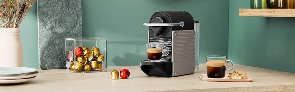 Весели празници с нежен аромат на Nespresso кафе