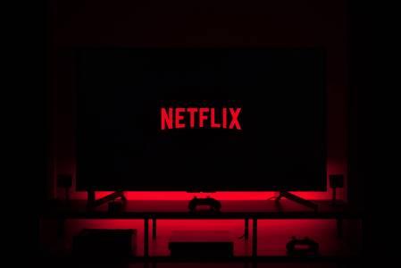 Феноменът Netflix – как продукциите на услугата променят света