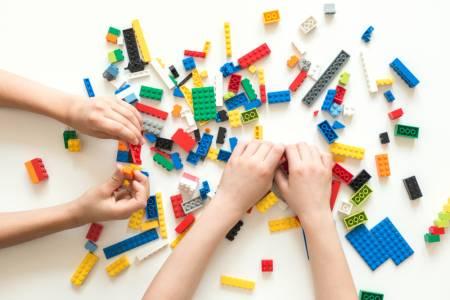 Абонирайте се за безплатното списание на LEGO