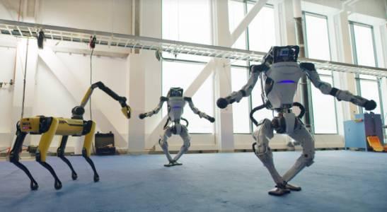 Роботите на Boston Dynamics танцуват напук на 2020 г. (ВИДЕО)