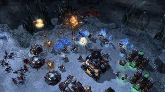 Този римейк на първия StarCraft в StarCraft 2 може да играете безплатно