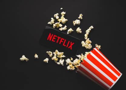 Netflix взе правата върху шпионски филм с амбиции за женския 007