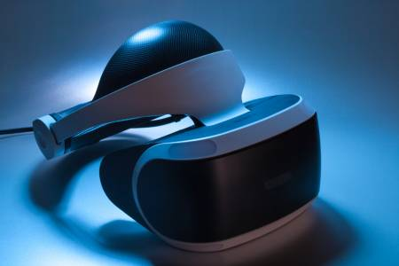 Sony готви нов VR шлем и контролер за PlayStation 5