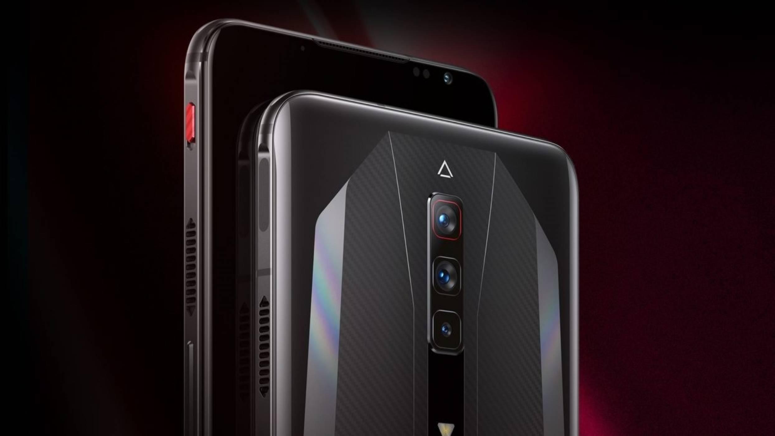 Първите телефони със 165 Hz AMOLED дисплеи вече са тук